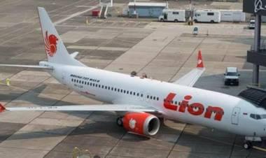 Kemenhub Bakal Beri Sanksi Lion Air, Berani?