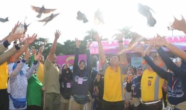 Peringati HUT YKB ke-39, Ribuan Masyarakat Bersama Polisi Ikuti Olahraga Bersama Polda Banten