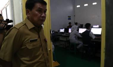 Gara-gara Komputer Kurang, UNBK SMP TIgaraksa Nebeng