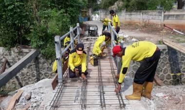 Jembatan Mau Ambles Viral, Bina Marga Jakbar Gerak Cepat