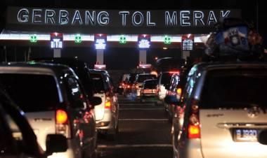 Antisipasi Macet, Dishub Banten Bakal Batasi Operasi Truk di Tol Tangerang-Merak