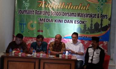 Jebolan JBS Harus Jadi Wartawan Edukatif