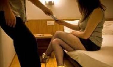 Panti Pijat Bisa Paket Seks Bertiga di Pasar Kemis Digerebek Polisi