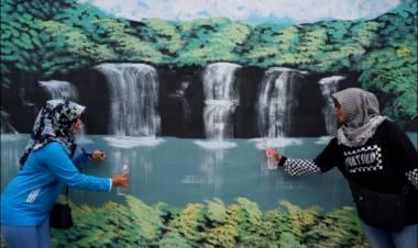 Penuh Nilai Seni, Ini Eksotisme Guratan Dinding Kampung Satu di Paninggilan Utara