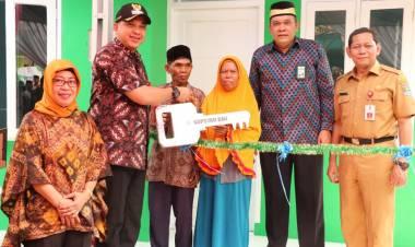Resmikan Bedah Rumah Layak Huni, Zaki Puji Koperasi Syariah BMI