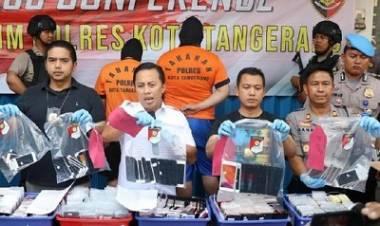 Ribuan iPhone di Cikupa Tangerang Digerebek, Cek Punya Anda, Asli atau Palsu?