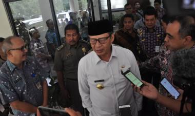 WH Klaim Penduduk Miskin Banten Berkurang 13 Ribu Orang, Ah yang Bener Pak Gubernur?