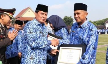 Raih Penghargaan Adiwiyata Nasional, Sekda Sebut Dua Sekolah Di Kabupaten Tangerang Peduli Lingkungan