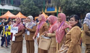 Kado Manis HUT Kota Tangerang Ke 27, Guru Honorer Gajinya Naik