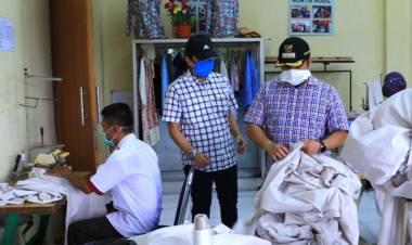 Langka Saat Pandemi Corona, BLK Kota Tangerang Produksi Baju Hazmat