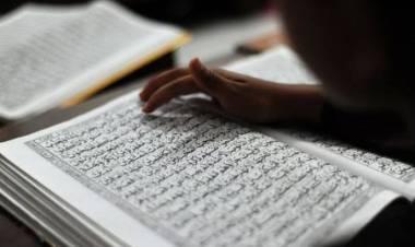 Hikmah Pandemi Corona : Al-Qur'an Ubah Hati Resah Jadi Lebih Sakinah