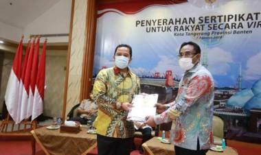Warga Kota Tangerang Lega, 500 Sertifikat Tanah Gratis Dibagikan