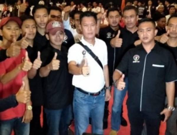 Pilkada 2020, Jari 98 Laris Manis Pasca Bawa Jokowi Menang di Tangsel