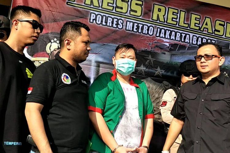 Presenter RB Ditangkap Polisi Saat Konsumsi Sabu