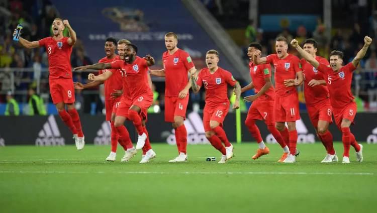 Kemenangan Inggris Di Rusia, Disambut 'Hujan Darah'