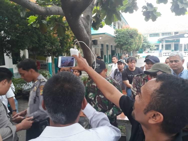 Kadisdikbud Tak Kunjung Datang, Wali Murid Hubungi Wakil Walikota Tangsel