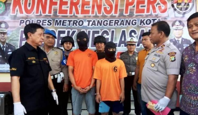Antar Sabu Ke Pramugari, Dua Kurir di Tangerang Diborgol Polisi