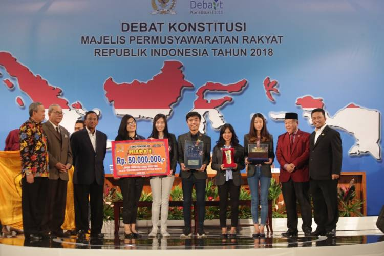 Kenalkan DARE, Komunitas Untuk Asah Skill Debat Mahasiswa dari FH UPH Karawaci