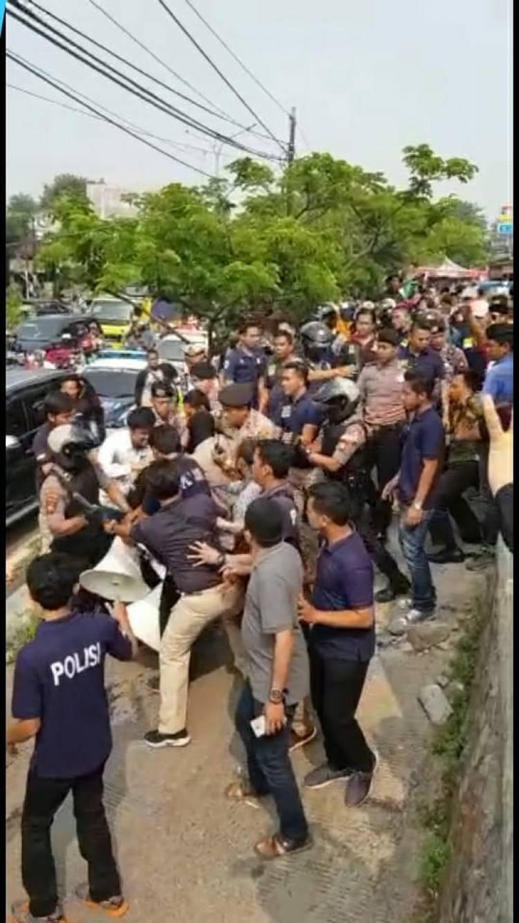 Deklarasi #2019GantiPresiden Dibubarkan, Kapolres Tangsel : Tidak Ada Izinnya