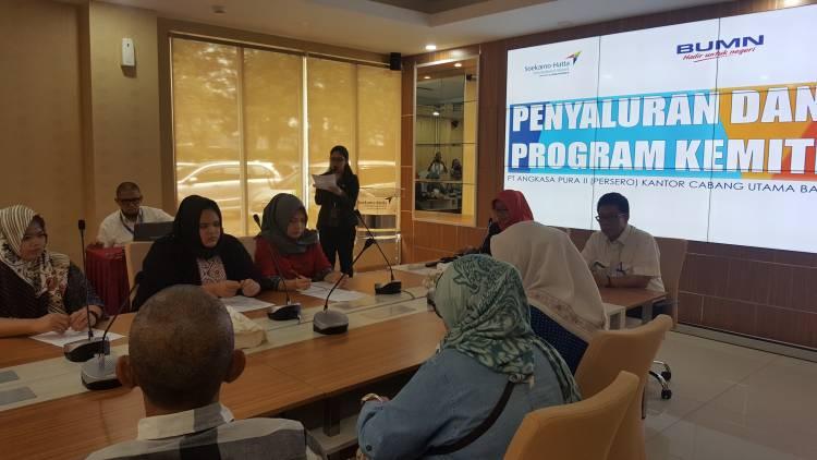 Angkasa Pura II Salurkan Bantuan Rp 1,2 Miliar Kepada Warga Sekitar Bandara Soekarno-Hatta