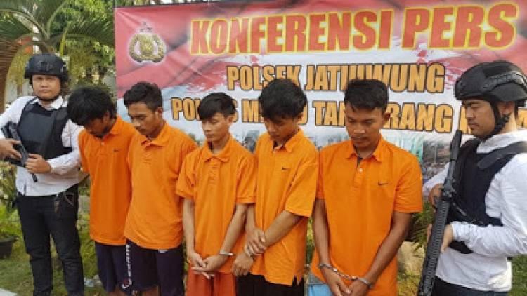 Keroyok Anggota Polda Metro Jaya, 6 ABG Joki Balap Liar Ditangkap Polisi
