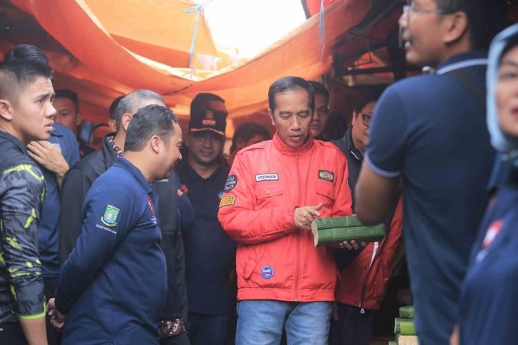 Ke Tangerang, Jokowi Blusukan Ke Pasar