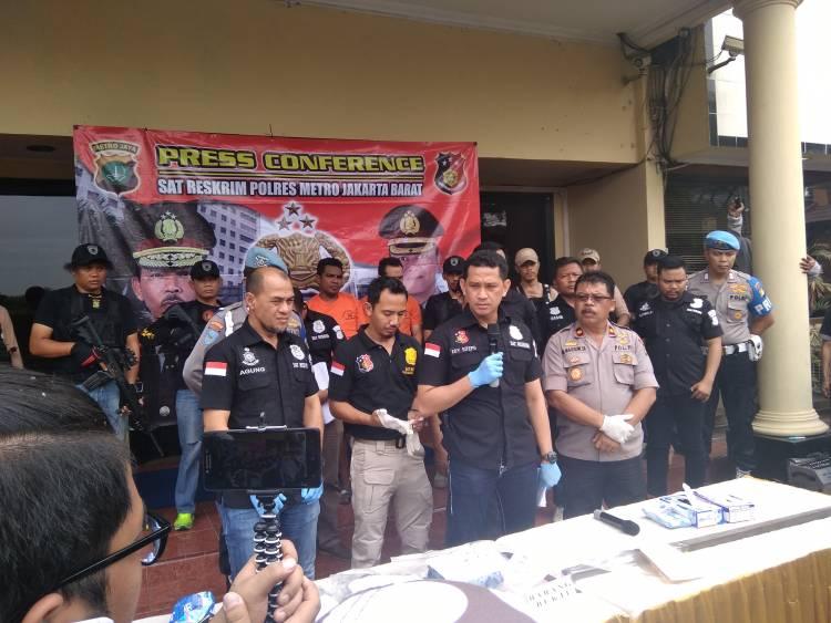 Tim Jatanras Polres Jakbar Bekuk Pelaku Pengeroyokan Di Depan Diskotik Bandara