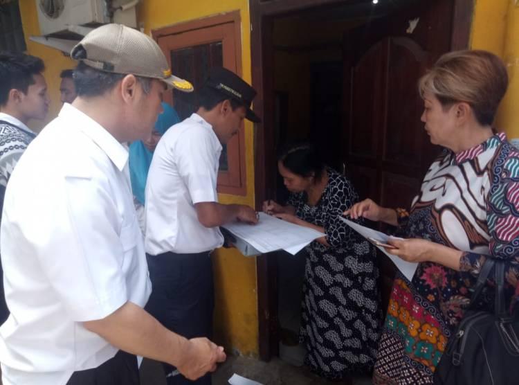 Sajikan Data Kependudukan Akurat, Lurah Pekojan Door to door Verifikasi KK