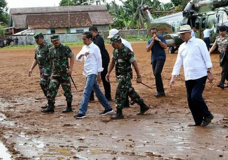 Gubernur : Akses Pulih, Korban Terisolir Tsunami Dipastikan Menerima Bantuan