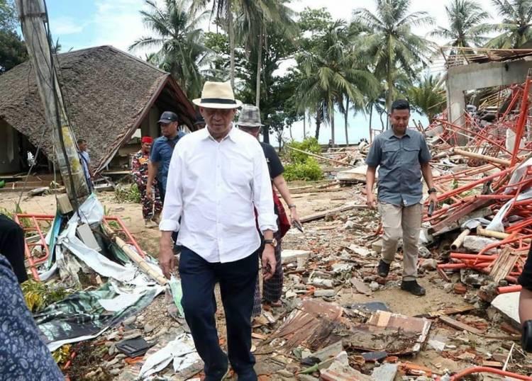 Gubernur Banten Himbau Masyarakat Jauhi Bibir Pantai, Namun Tetap Tenang dan Waspada
