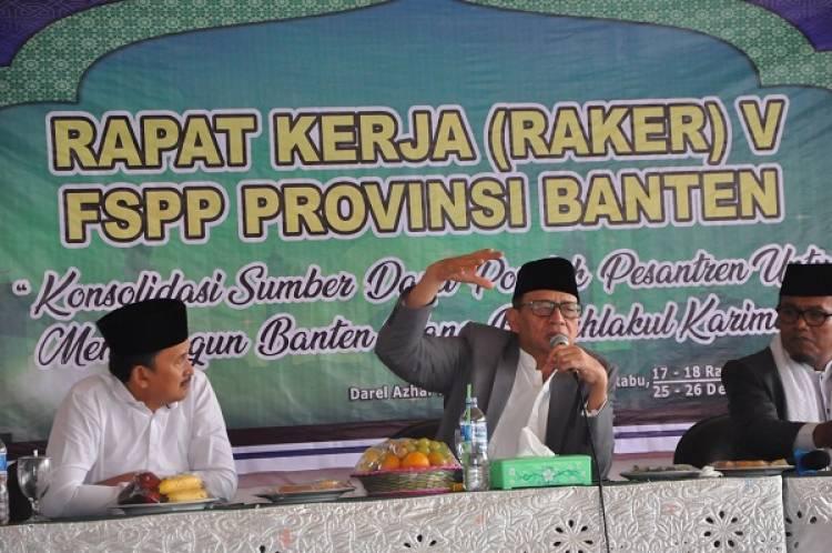 Didepan Kyai Pesantren se-Banten, Gubernur : Kok Tega Saat Bencana Masih Bikin Hoax