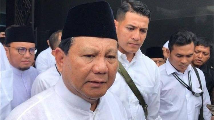 Di Masjid At-Taqwa Prabowo Dipanggil Pak Presiden, Kecebong Dilarang Baper
