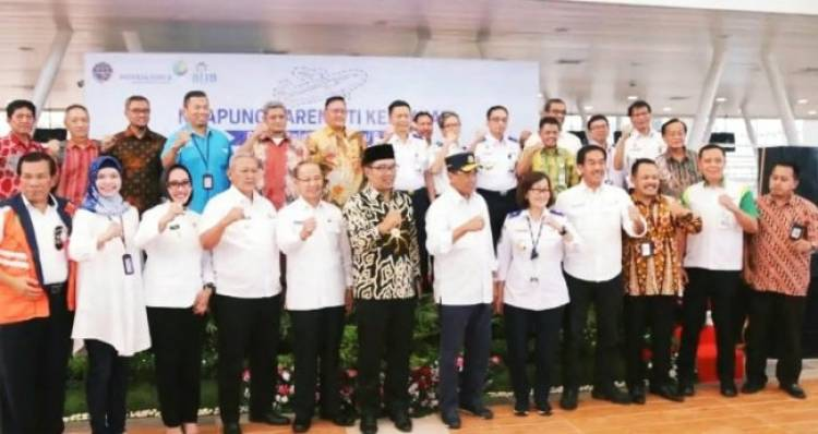 Menhub Dukung Konsep Ridwan Kamil Ramaikan Bandara Kertajati