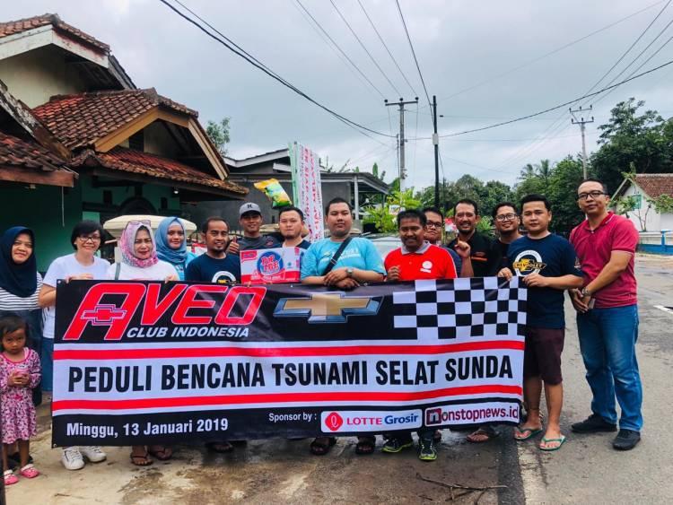 Gandeng Apoteker, Kumpulan Pecinta Chevrolet Aveo Berikan Bantuan Korban Tsunami Banten