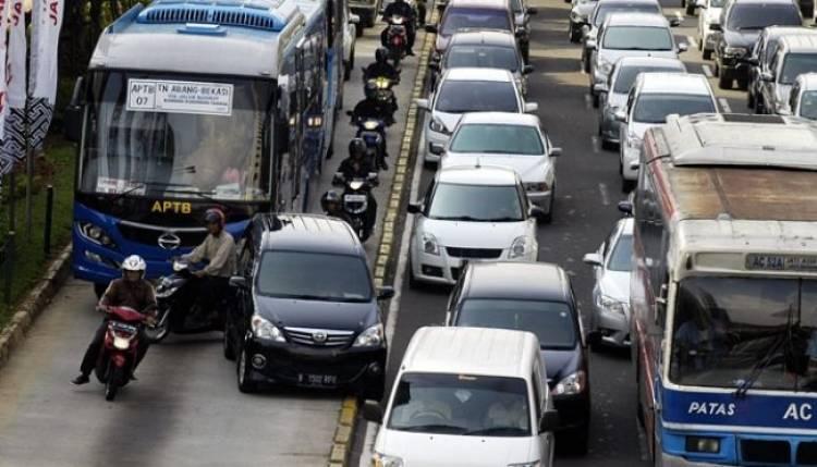 Banyak Pengendara Bandel, Jalur Busway Akan Dipasang CCTV