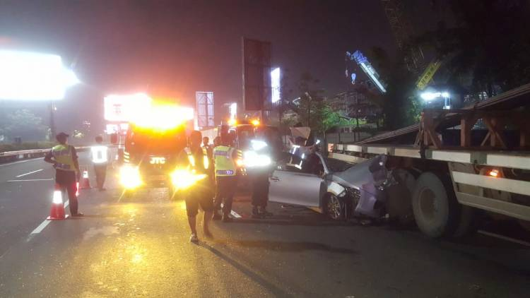 Tangsel Berduka, Kepala Kesbangpol Meninggal dalam Kecelakaan di Tol Soetta