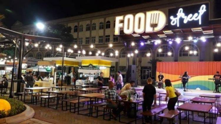 Pulau Reklamasi Disegel, Kok Ada Restoran Beroperasi?