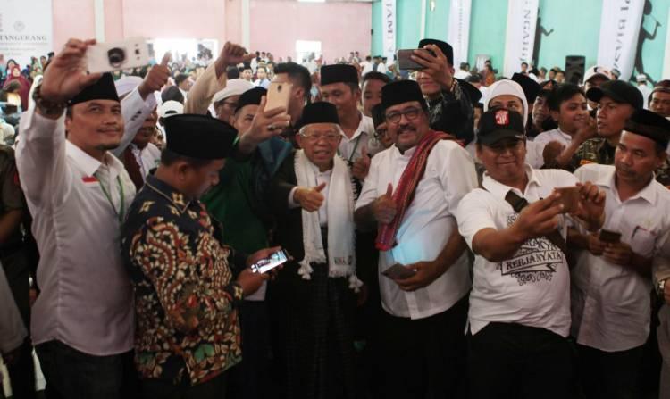Relawan Ngahiji Kab Tangerang Dukung Jokowi, Rano Karno Bacakan Deklarasi