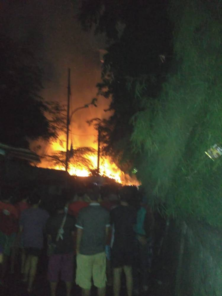 Kamal Rawan Kebakaran, Rumah dan Kontrakan Ludes Terbakar