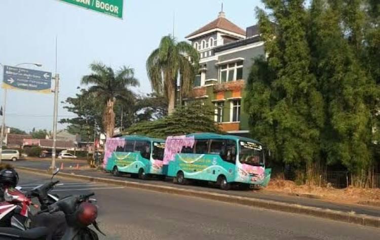 Kata Warga Tangsel Ada Bus 'Siluman'