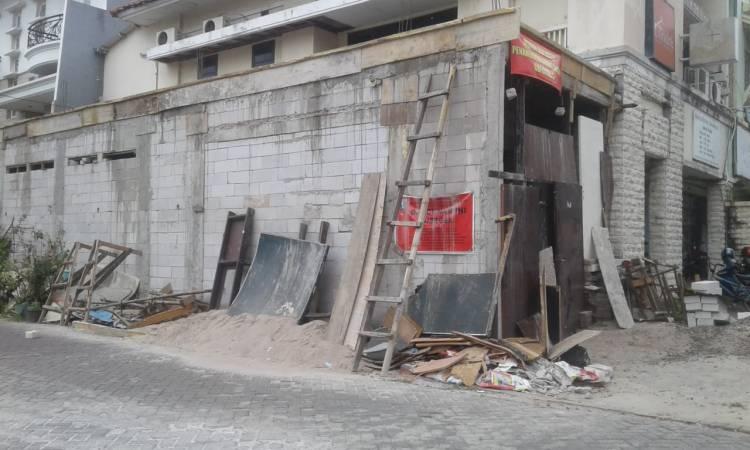 Bangunan Salahi Aturan, Warga Citra 3 Pegadungan Minta Dibongkar