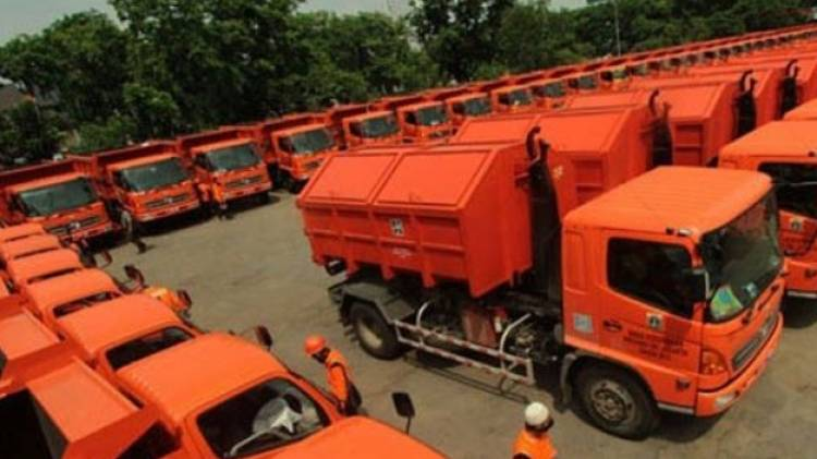 Duit Punya Trilyunan Ban Tak Kebeli, Supir Truk Sampah Minta Gubernur Copot Kasudin dan Sapras LH Jakut