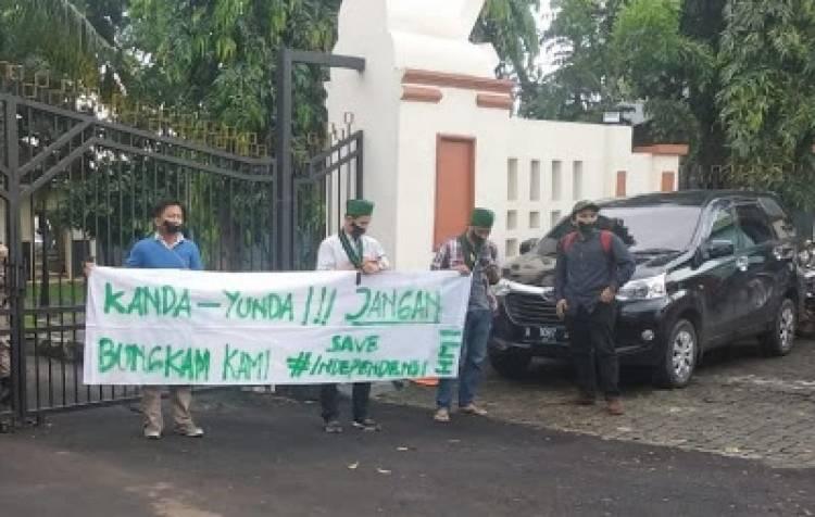 Aksi 4 Kader HMI di Rumdis Gubernur Banten, Dinilai Tak Intelek, Ga Beretika dan Pengen Viral