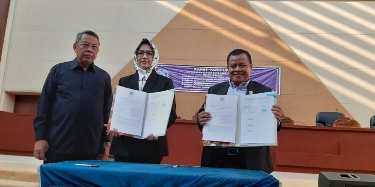 Ditahun 2019, DPRD Tangsel Sahkan Empat Raperda Menjadi Perda