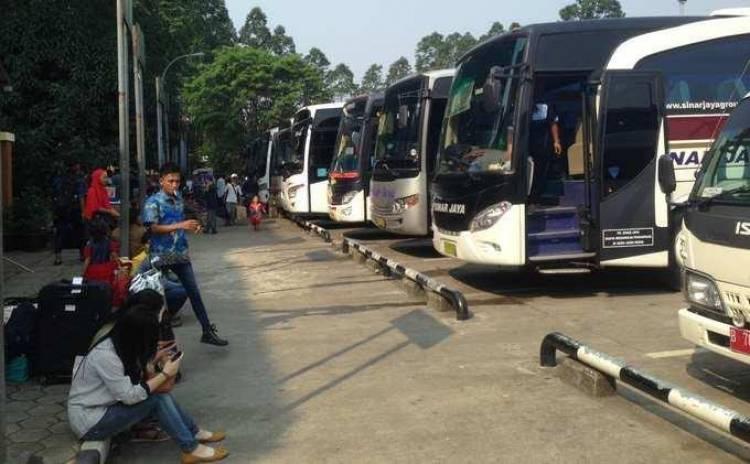 Tiket Pesawat Mahal, Sopir Bus Girang