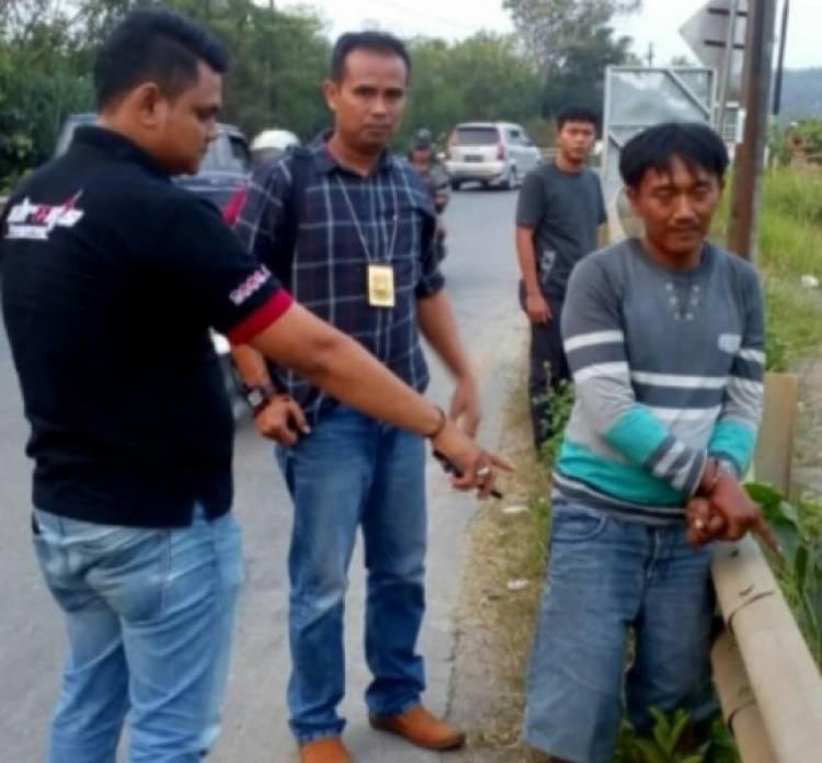 Spesialis Maling Besi Pembatas Jalan Solear Dibekuk Polisi