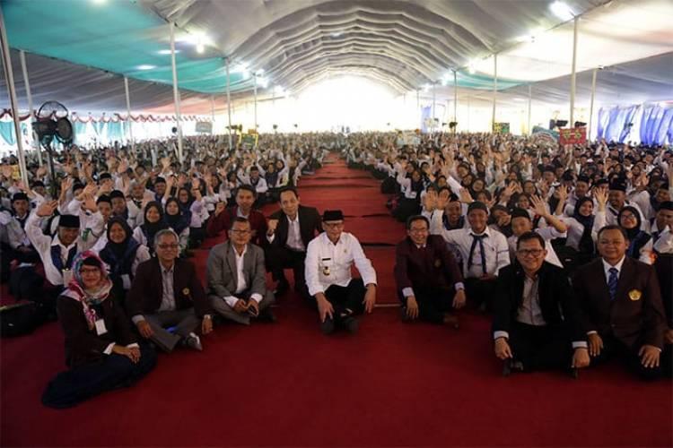 Kasih Kisi-kisi Sukses ke Mahasiswa Untirta, Gubernur WH Bikin Bengong Generasi Milenial