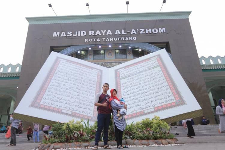Akhir Pekan Bingung? Festival Al-Azhom Manjakan Pengunjung Dengan Photo Booth