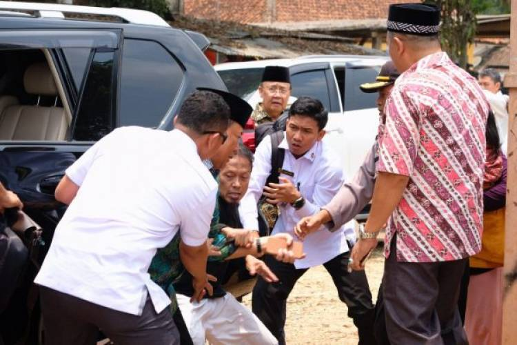 Pasutri Penyerang Wiranto Dikenal Tertutup Dengan Masyarakat