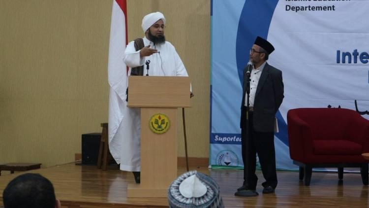 Habib Ali Al-Jufri Datang ke Indonesia Bantah Hadiri Reuni 212